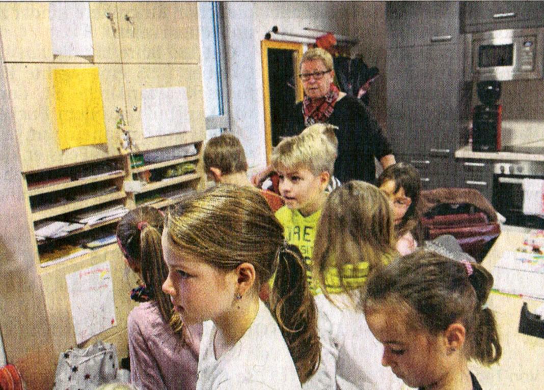 Berührende Begegnungen - Grundschule Brunnen