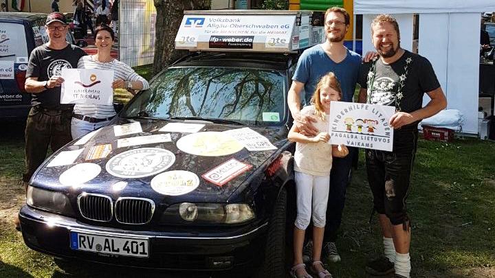 Lederhosen Express 1: Gerhard Weber Wolfgang Merath Auto: BMW Touring 530D mit Familie Klingenberg