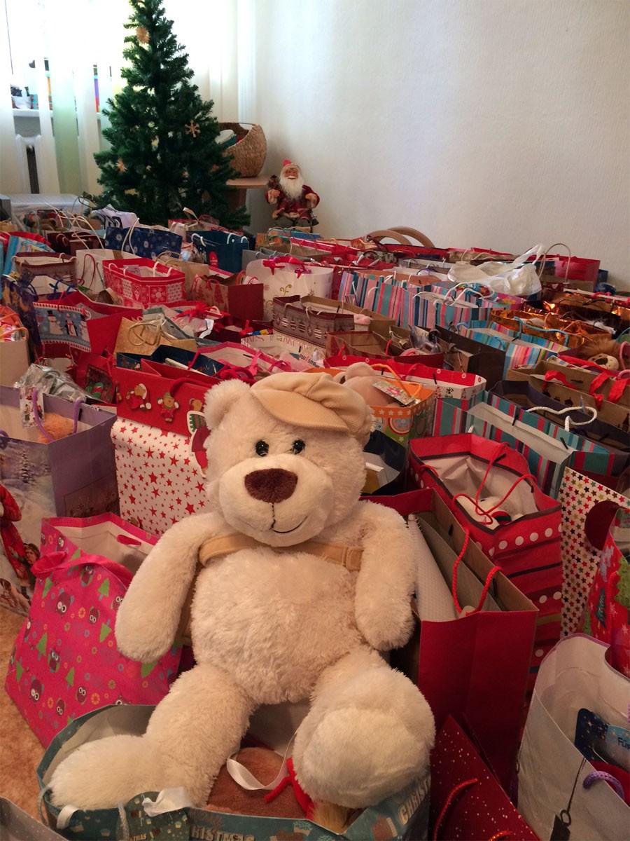 Reisetag 6 Weihnachtstransport 2016 - Weihnachtstüten Kindergarten Radastele