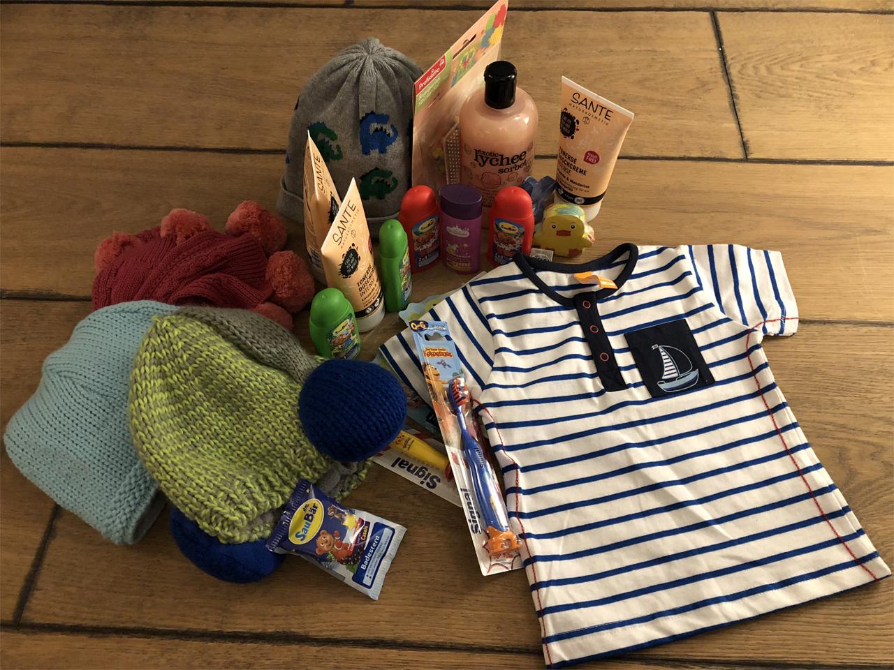 Eine kleine Auswahl aus der Geschenktüte von Birgit und Heike vom DM Schrobenhausen