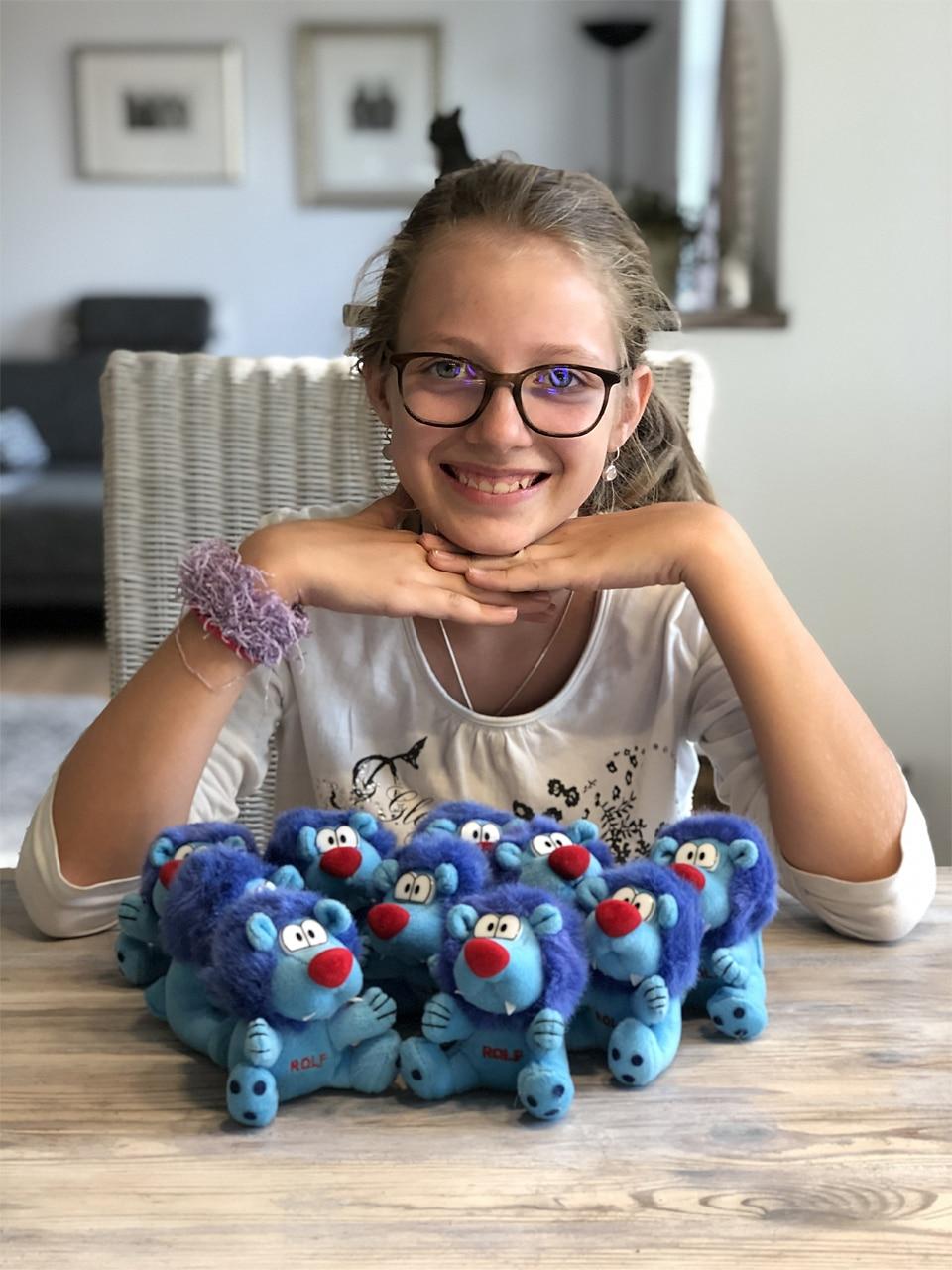 Spende Lauter kleine blaue Rolfis für die Kinderhilfe Litauen