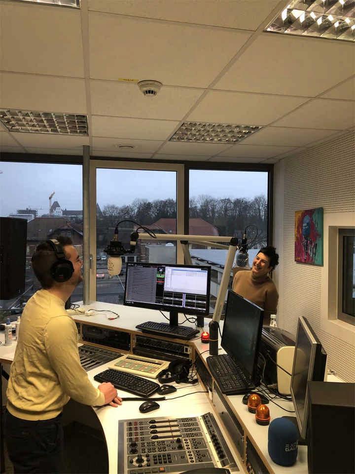 1 Interview mit Eva bei Radio IN und