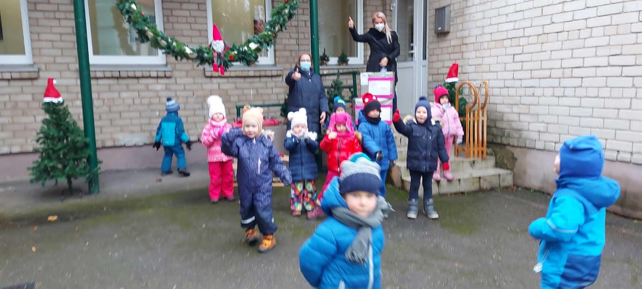 Ankunft der Packerln im Kindergarten Radestele in Klaipeda 2