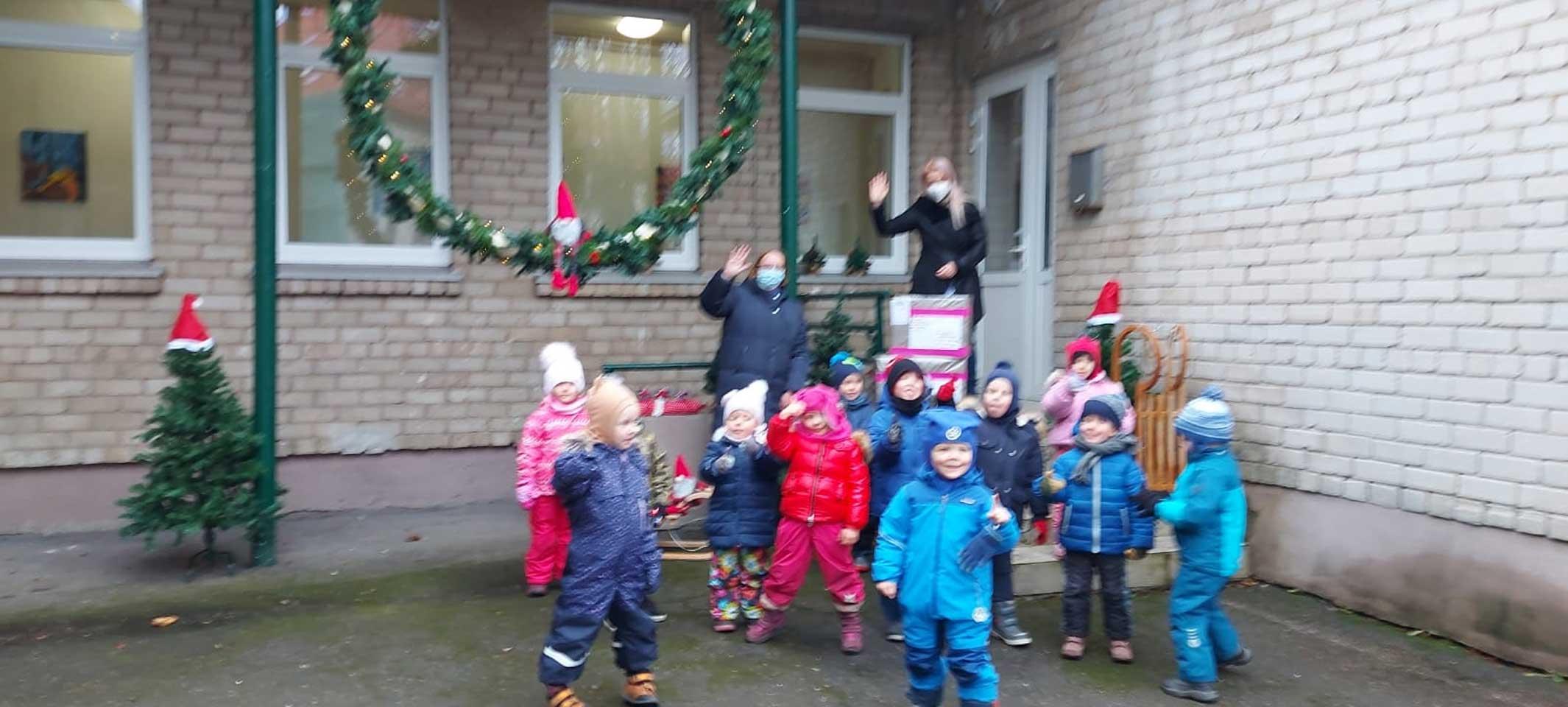 Ankunft der Packerln im Kindergarten Radestele in Klaipeda 3