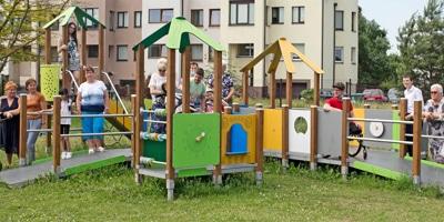 7 Spielgeräte für die Sonderschule in Kaunas